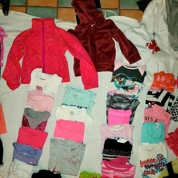 🙆♂️🙆♀️🙆Huge Bundle of Girls 4-5 Clothing ⭐🌟